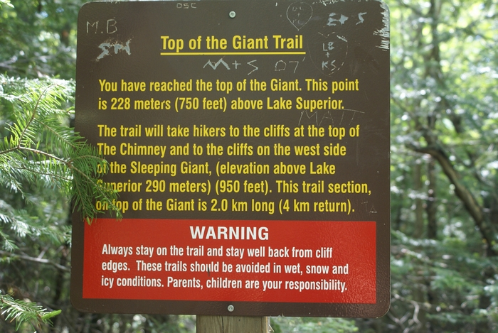 Hiking to the Sleeping Giant
